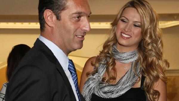 El empresario y su esposa se suman a la lista de baby boom y será en 2015 cuando reciban al nuevo miembro de la familia Slim.