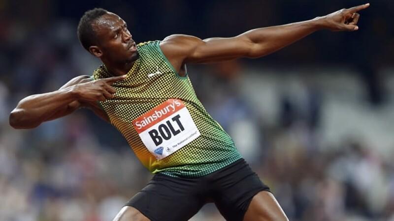 Usain Bolt festeja en londres
