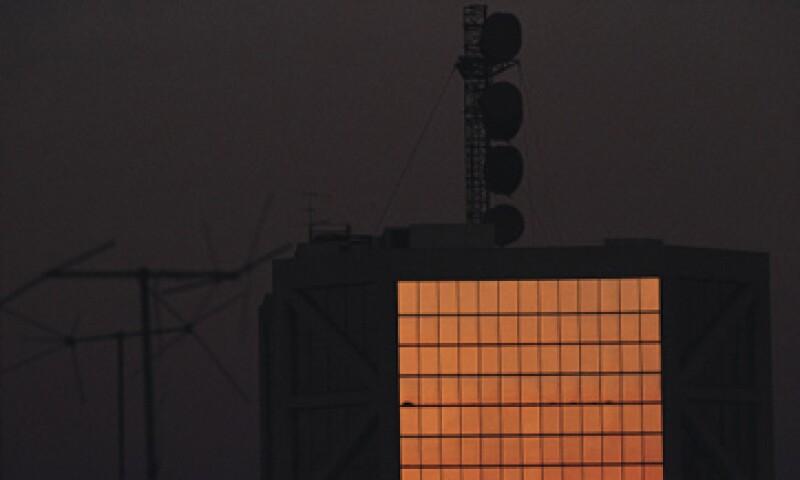 Bajo los parámetros que fijó el Gobierno, el total de los 190 MHz de la banda de 2.5 GHz tiene un precio de 1,680 millones de dólares. (Foto: Thinkstock)
