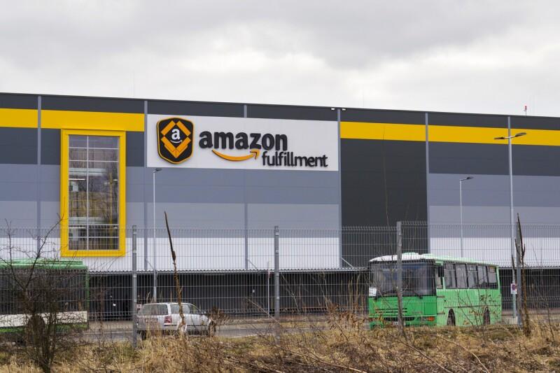 Online retailer company Amazon fulfillment logistics building