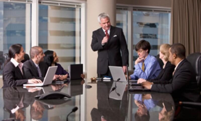 Los CEO que han sido formados al interior de la empresa conocen el funcionamiento de la firma y, por consiguiente, tienen un desempeño superior al de un CEO externo. (Foto: Thinkstock)
