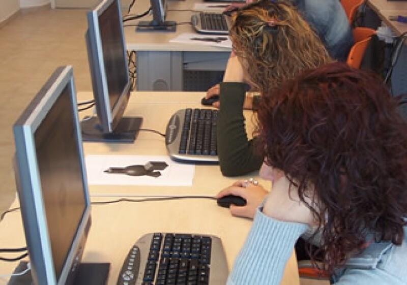 'La nube' permitirá almacenar y compartir información sin ocupar espacio en la memoria de las computadoras. (Foto: Cortesía SXC)