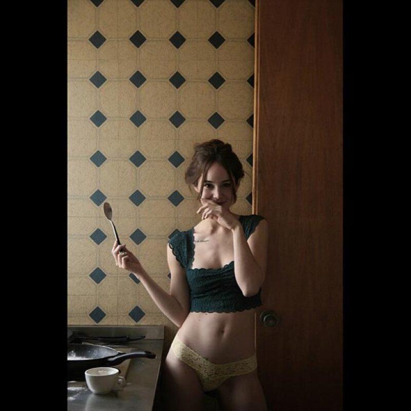 La actriz posó más hot que nunca en un shooting del fotógrafo Napoleón Habeica, quien ha trabajado con Bárbara Mori, Paz Vega, Belinda y otras famosas.