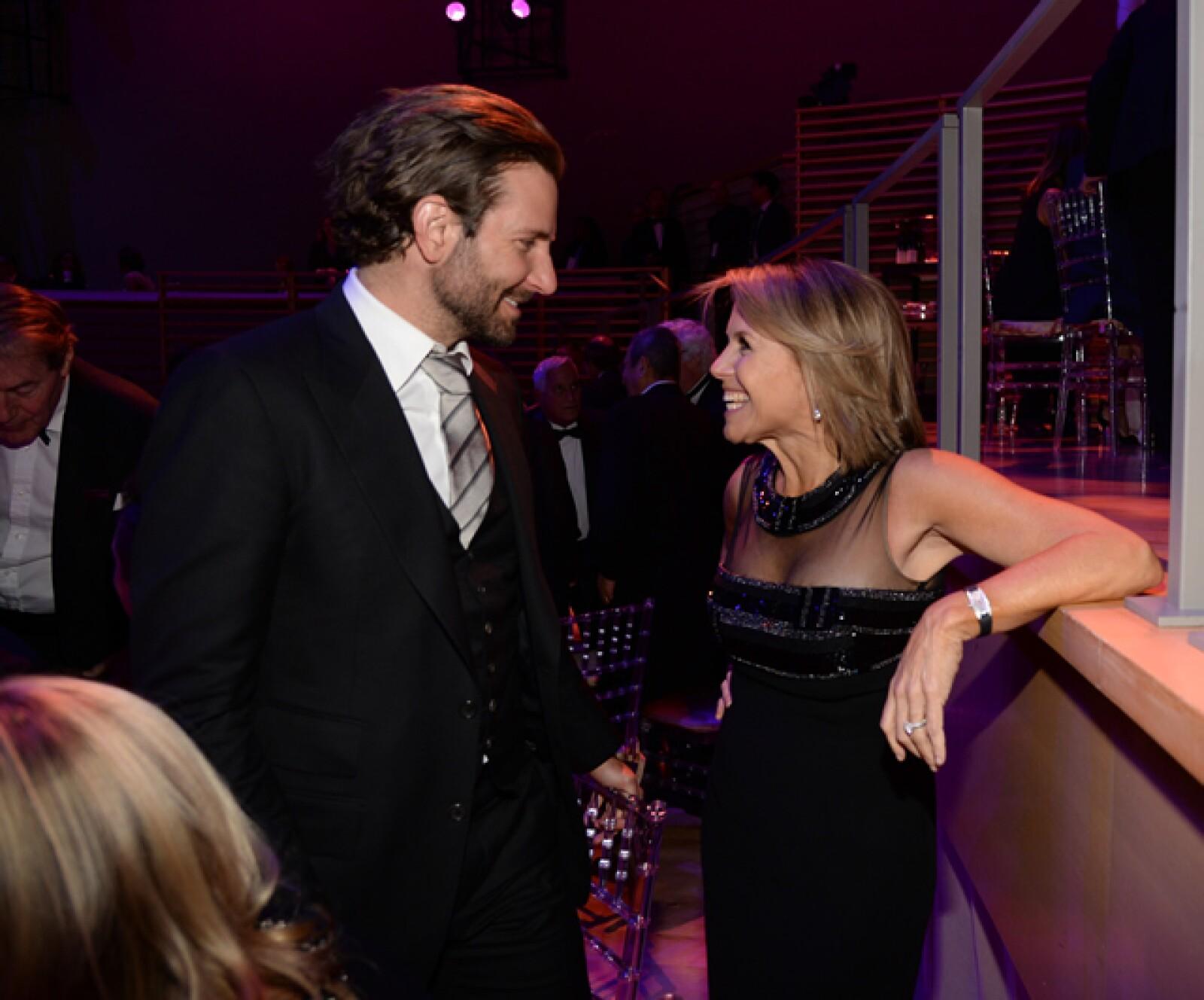 Bradley Cooper y Katie Couric.