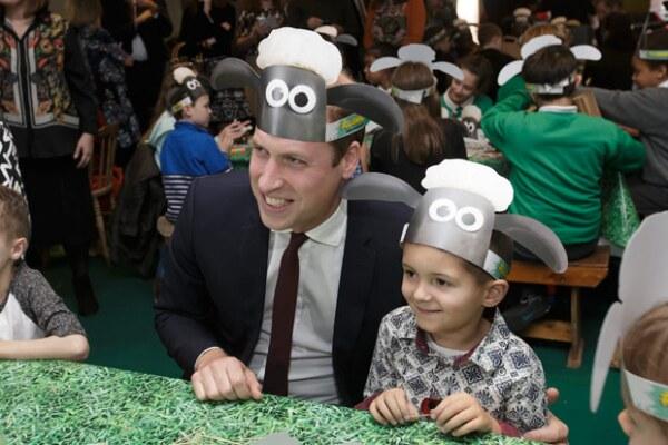La oveja Shaun fue la protagonista de la reunión de los príncipes y Kate Middleton a una de las organizaciones que apoyan.
