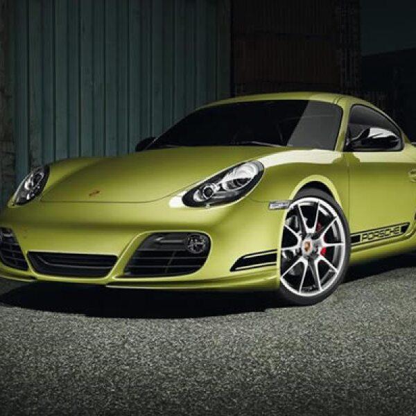 Porsche presentó el nuevo Cayman en el Salón del Automóvil de Los Angeles 2010,  con distribución oficial en concesionarias en febrero de 2011.
