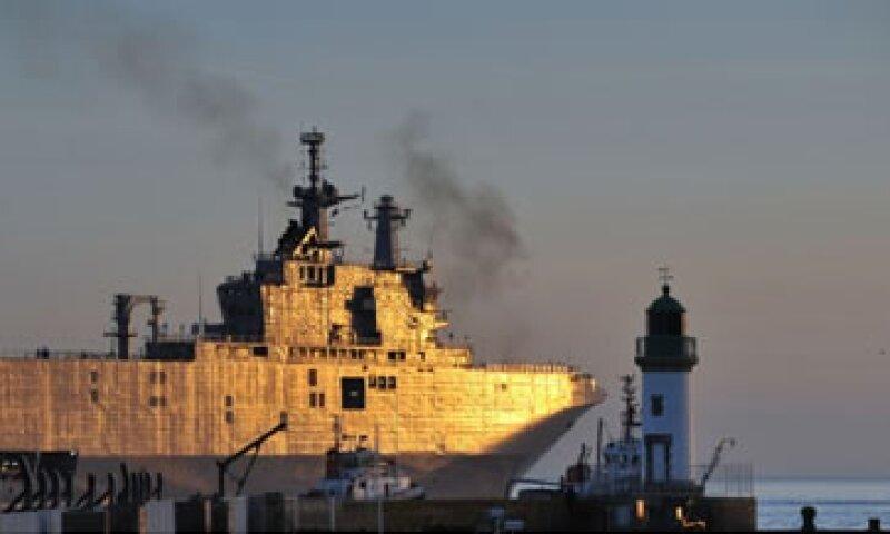 El buque de guerra es tan alto como un edificio de 20 pisos. (Foto: Cortesía de CNNMoney)