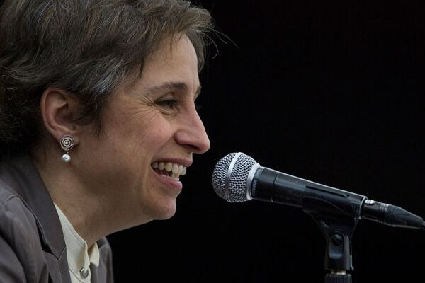 regresa Carmen Aristegui