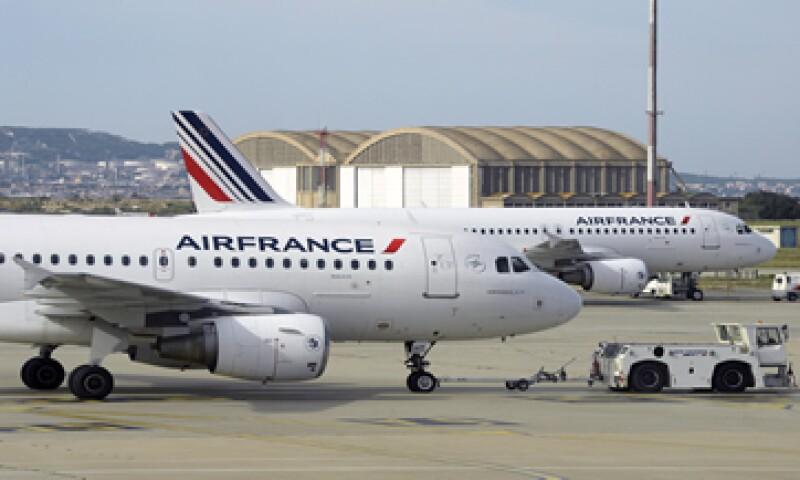 La aerolínea francesa espera operar solo el 46% de los vuelos debido a la huelga.  (Foto: AFP)