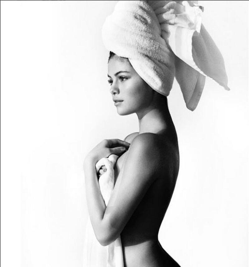 Las actrices posaron para el fotógrafo peruano luciendo únicamente una toalla como parte del proyecto en el que ya han participado Miley Cyrus, Naomi Campbell y Justin Bieber.