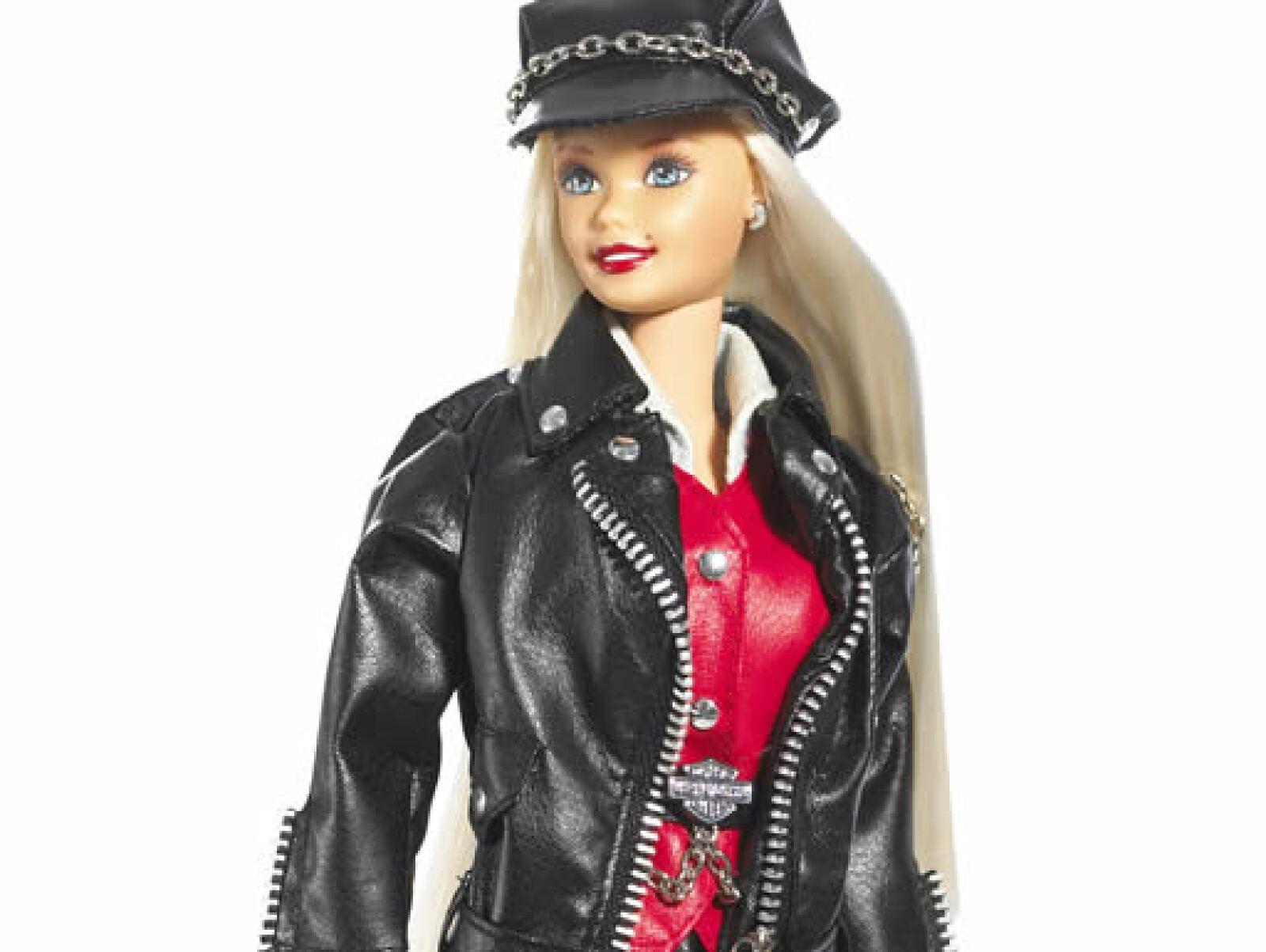 En 1997 apareció la Barbie que andaba en una moto Harley Davidson.