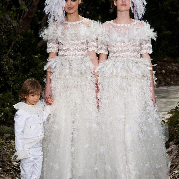 Chanel-Hudson-Kroenig-Couture-13-01
