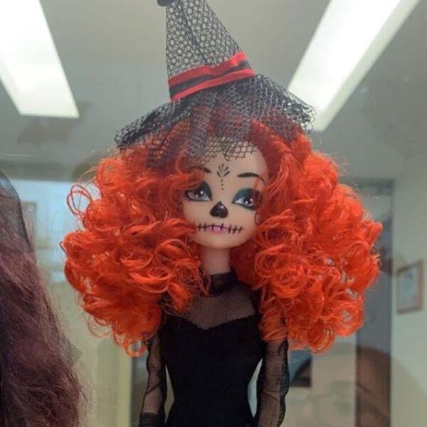Recrean vestido de Beatriz Gutiérrez para una muñeca 17.jpg