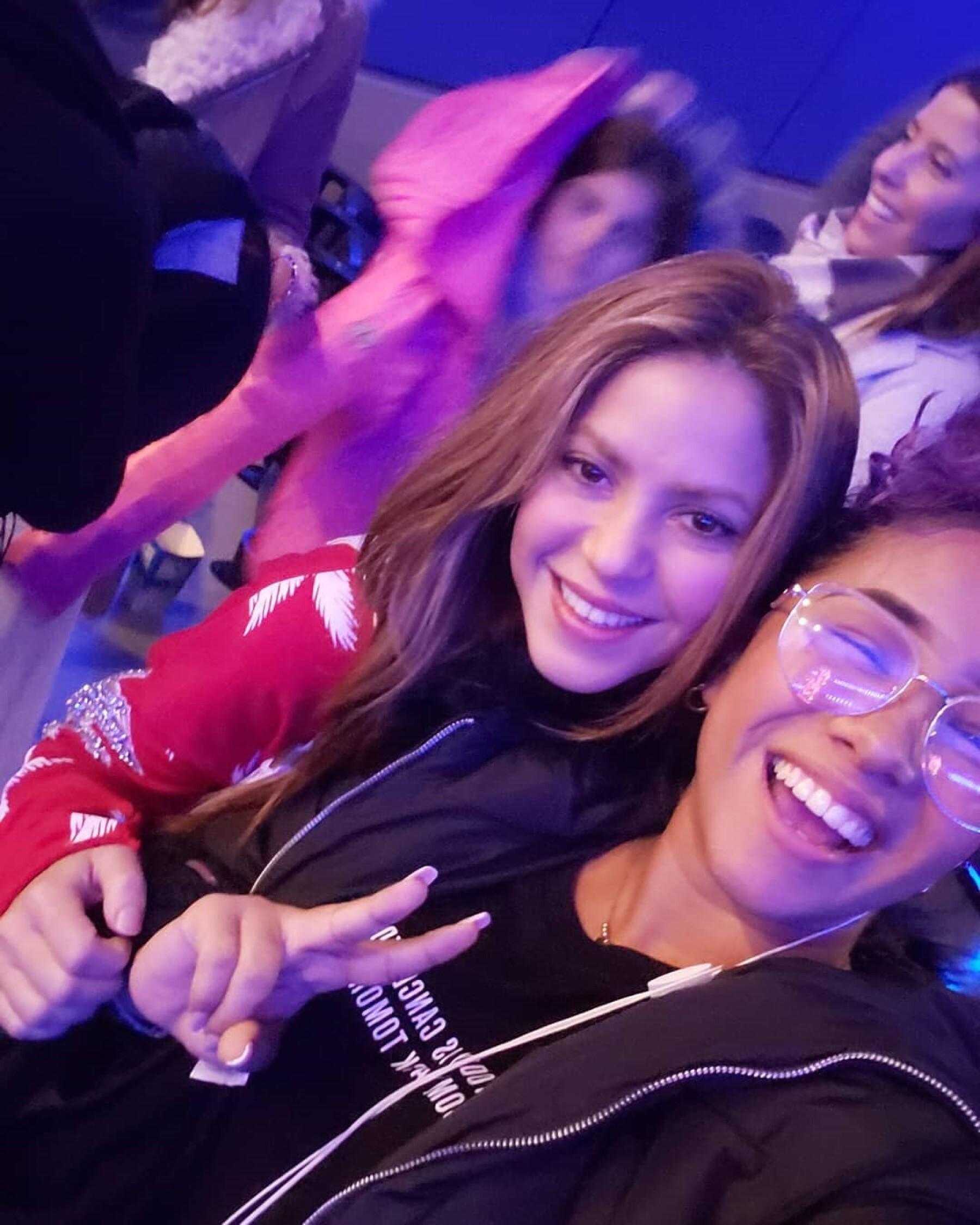 Shakira y Lizdany Diaz