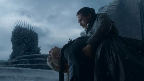 Jon asesina a Daenerys.jpg