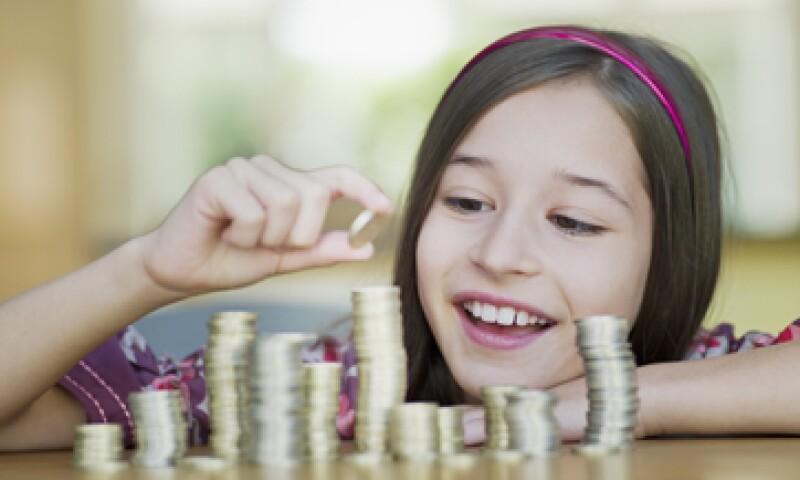 Los niños deben entender que cada elección de un bien o servicio implica descartar otros. (Foto: Getty Images)