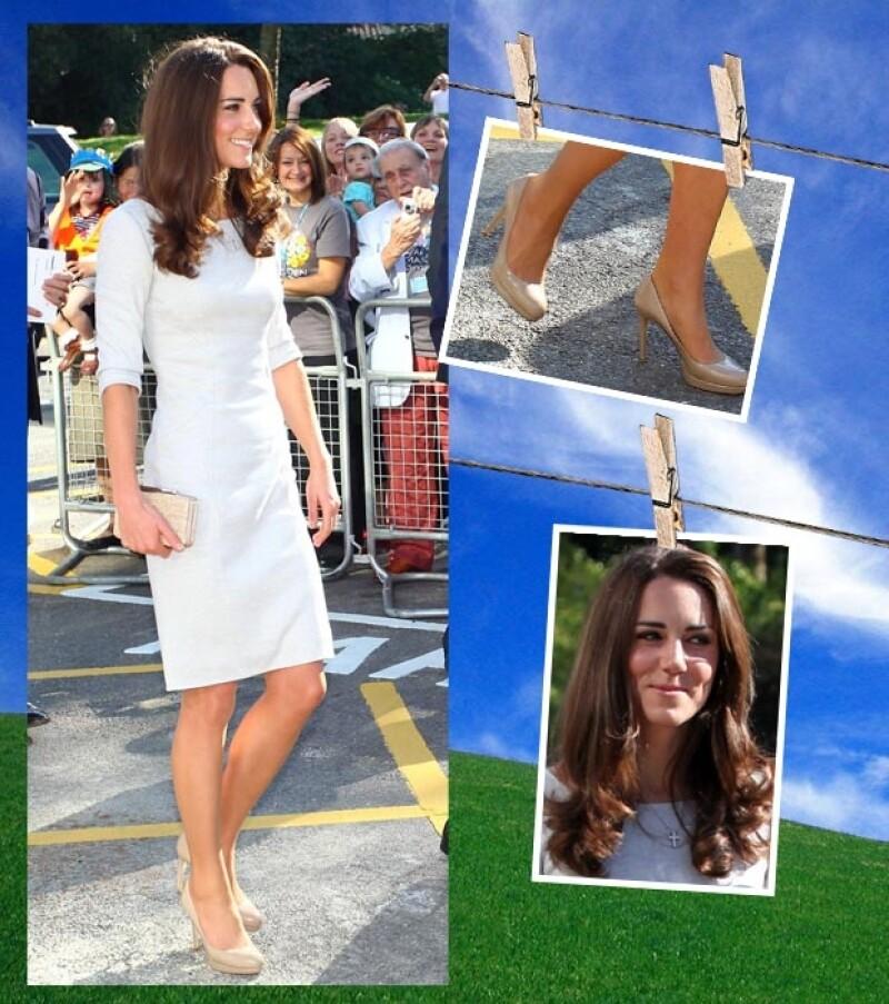 Kate usó un vestido de Amanda Wakeley que combinó con unos zapatos nude, un cluth de L.K Bennett y joyería muy discreta.