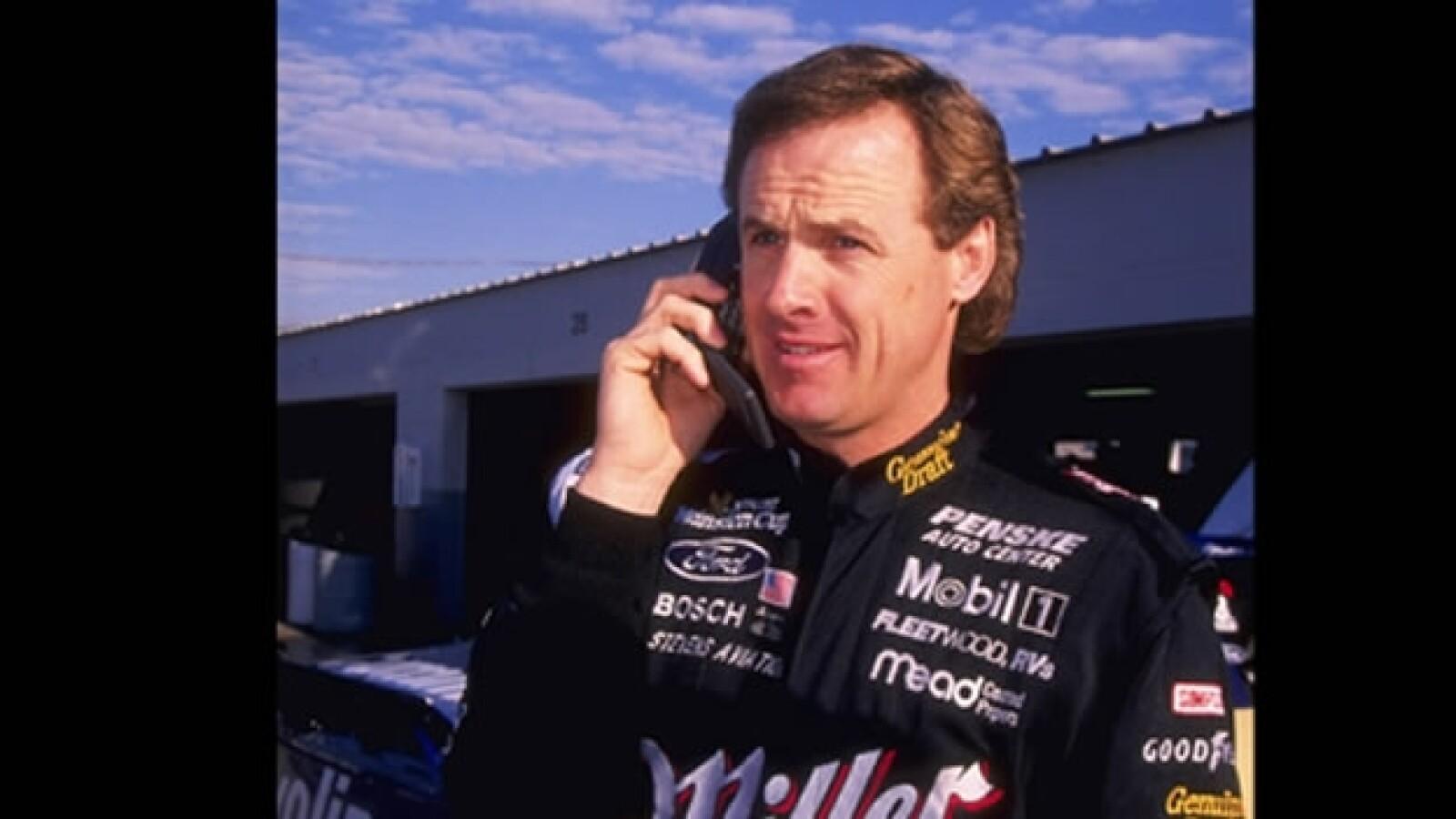 Rusty Wallace piloto NASCAR historia celular