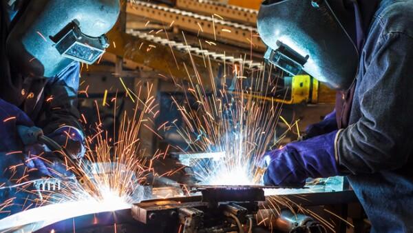 trabajadores en f�brica