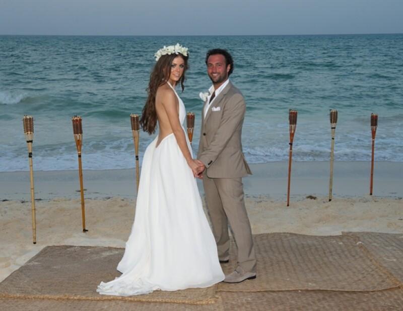 La regiomontana se casó el pasado fin de semana con el empresario Daniel Cohen, en una ceremonia elegante a la orilla de la playa Mayakoba de la Riviera Maya.