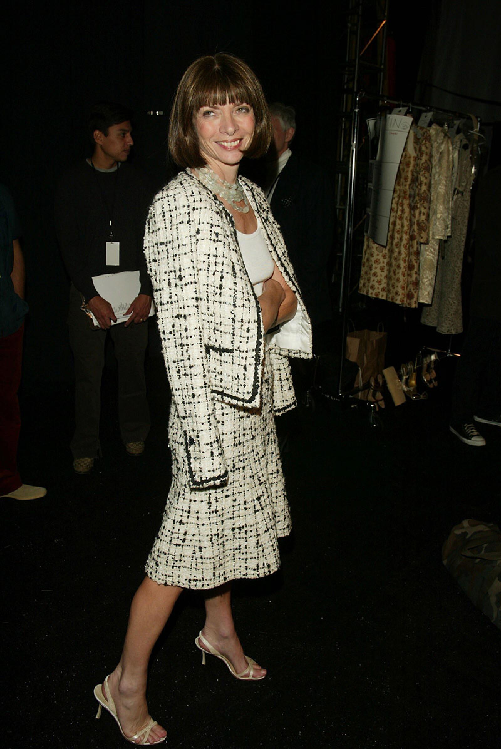 Mercedes-Benz Fashion Week: Oscar de la Renta Spring 2003