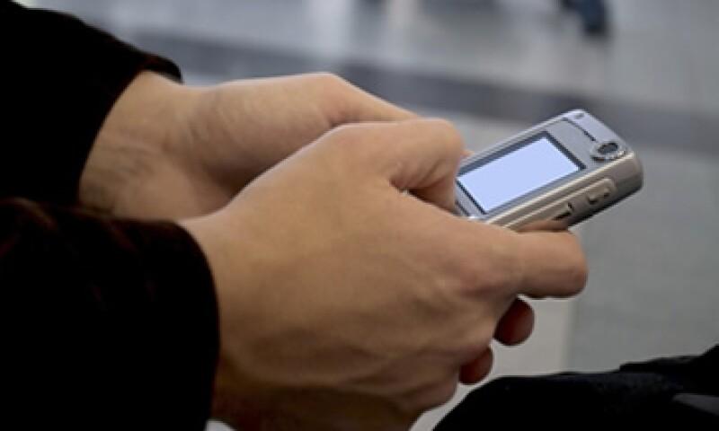 En la primera mitad del año, América Móvil ha sumado más de 11 millones de clientes en el servicio de telefonía móvil. (Foto: Photos to Go)