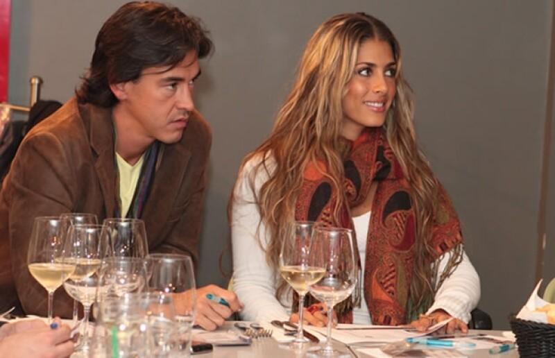 Fernando Schowenwald y Nunzia Rojo de la Vega muy atentos a las indicaciones del chef.