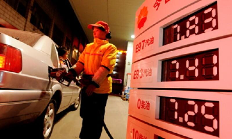El crecimiento chino hará que el próximo año sea el mayor consumidor e importador de petróleo mundial. (Foto: Getty Images)