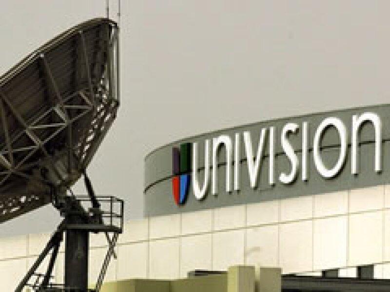 Televisa quiere romper sus lazos con Univisión y llevar su programación a otra parte. (Foto: AP)