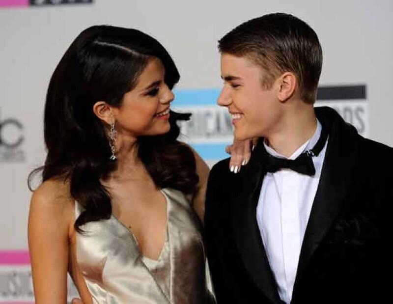 Selena y Justin parecen una pareja estable. Ahora seguramente él le ha manifestado su respaldo.