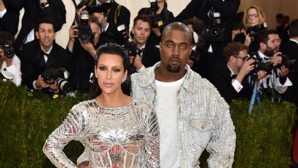 Kanye West y Kim Kardashian, 2016 en Balmain