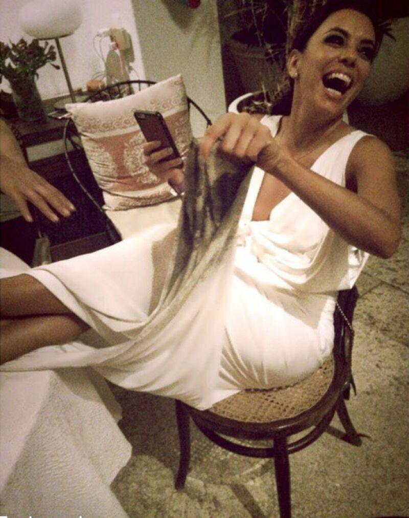 La actriz portó un diseño especial para recibir el Año Nuevo en Cartagena, ciudad donde algunos medios reportan que se habría casado con el empresario Pepe Bastón.