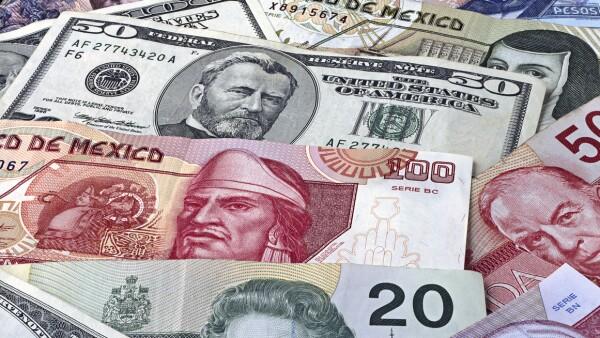 dólar peso y monedas del mundo