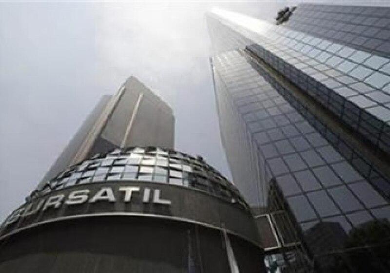 El promedio industrial Dow Jones bajó 0.24%. (Foto: Reuters)