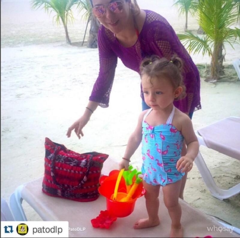 Las cantantes y mejores amigas disfrutaron junto con sus hijos de unos días en la playa, escapando del clima de la Ciudad de México.