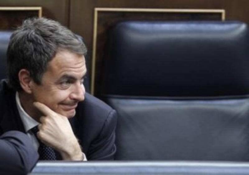 La creación del Observatorio de Empleo, proyecto del Gobierno de Zapatero, no amplía la estructura del Estado. (Foto: AP)