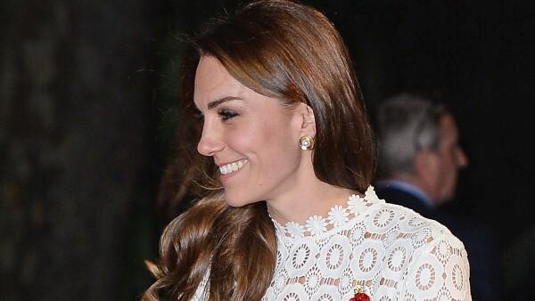 Kate Middleton con el mismo look que Paris Hilton
