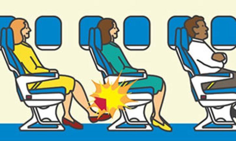 ¿Cuántos de ustedes odian a quienes patean su asiento durante un vuelo? (Foto: CNN)