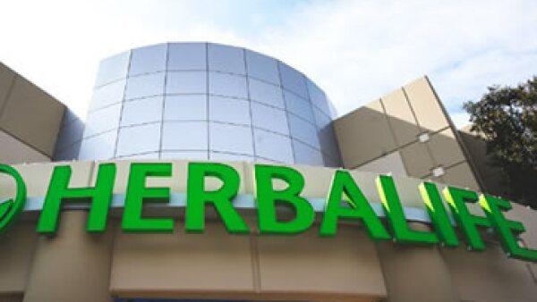 Herbalife niega que esté violando alguna ley, y dice que está abierta a la investigación. (Foto: Getty Images)