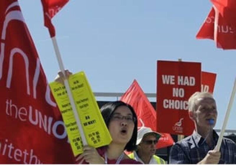 El personal de British Airways planea extender la huelga, iniciada este lunes, por cinco días. (Foto: AP)