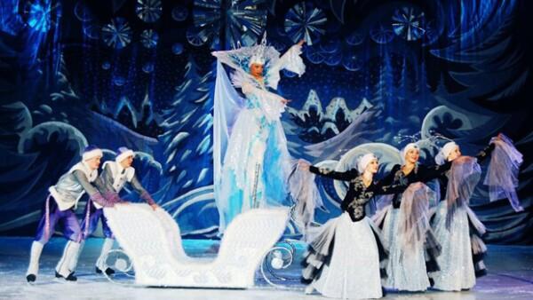 El Ballet Circo de Moscú sobre Hielo viene  por primera vez a México con este espectáculo que te dejará con un gran sabor a Navidad.
