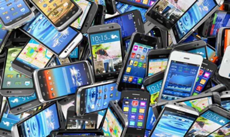 49% de los usuarios usa sus teléfonos inteligentes para realizar llamadas (Foto: Shutterstock )