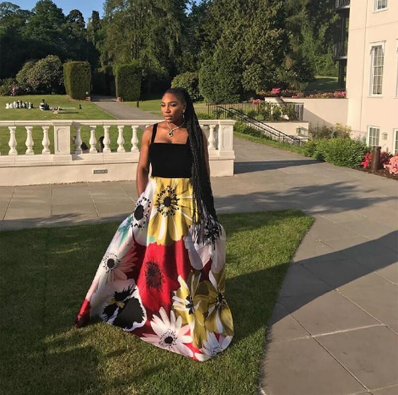 Serena Williams con tenis