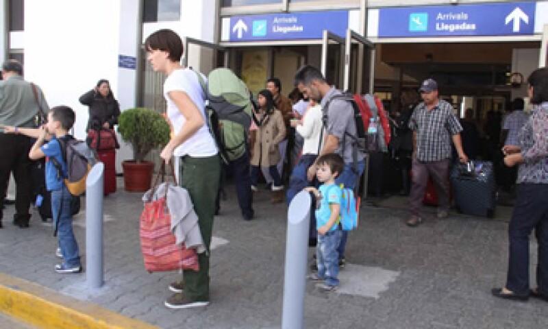La terminal aérea informó que agosto fue el mes con mayor número de vuelos, al contabilizarse 31,076. (Foto: Notimex)