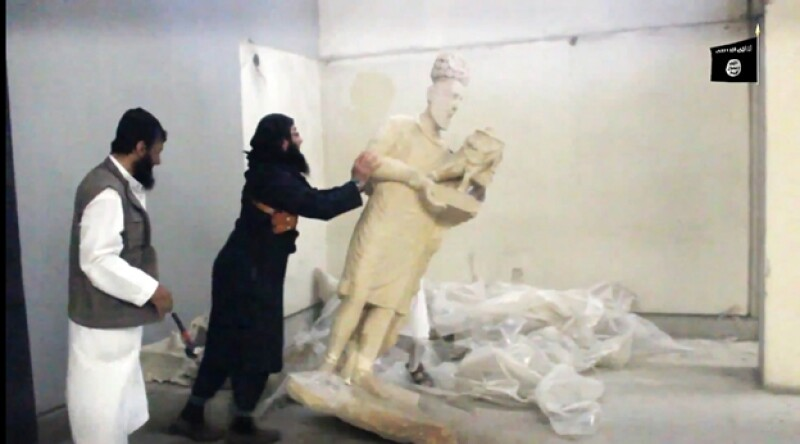 isis rompe esculturas en mosul