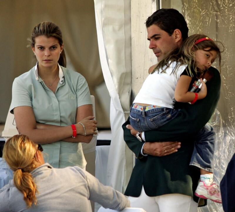 Según medios internacionales, Athina ya pensaba en tener hijos con Dodo, pues durante todos estos años ha criado a la hija del jinete brasileño como suya.