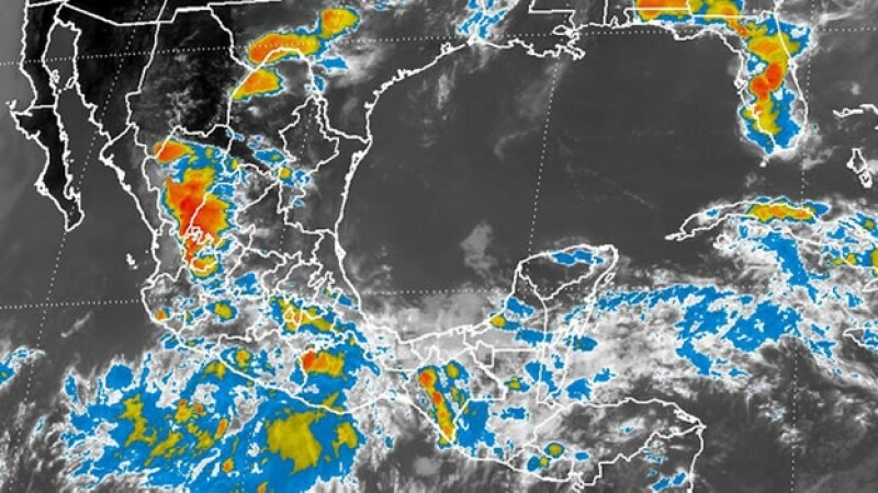 El fenómeno meteorológico podría evolucionar a un ciclón tropical en las próximas 48 horas