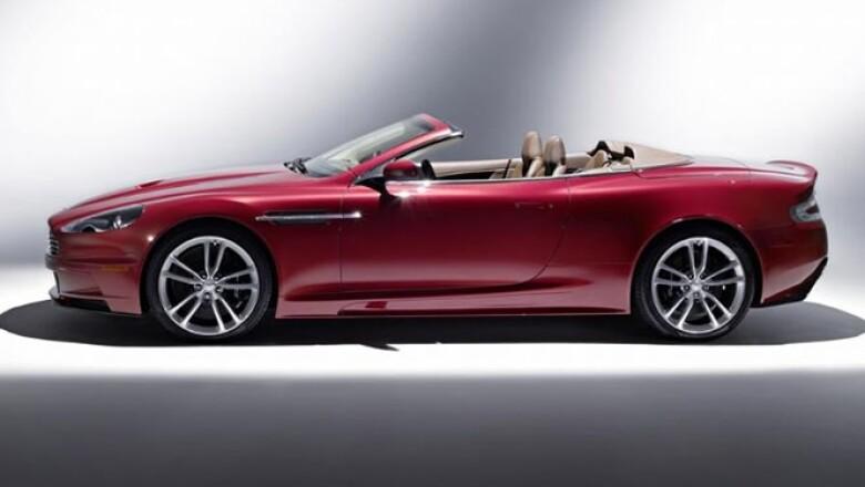 El Aston Martin DBS 2011 aparecerá en la próxima película de James Bond.