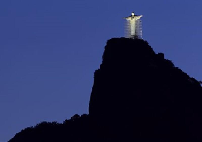 La estatua, que mide 38 metros, fue inaugurada en 1931. (Foto: AP)