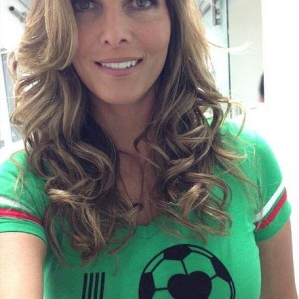 Montserrat Oliver, quien se encuentra en Brasil, es una fiel aficionada a la selección mexicana.